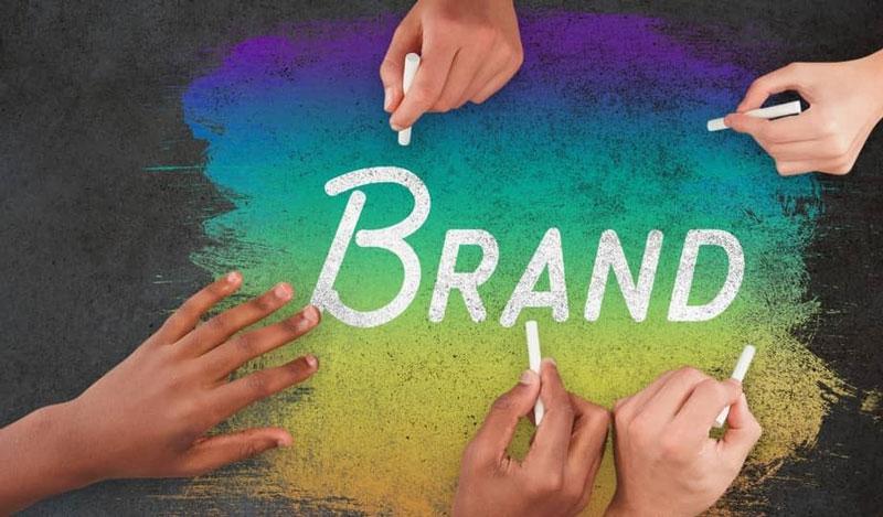 انتخاب تخصصی نام تجاری در ظریف گرافیک